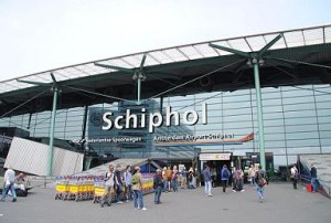parkeren schiphol airport foto shared domains wikipedia author is Cjh1452000